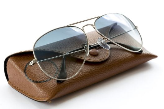 Briller og brilleetui